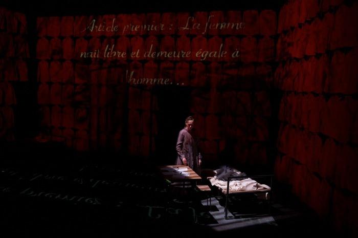Librement inspiré par la vie et les écrits d'Olympe de Gouges | Mise en scène : Catherine Anne