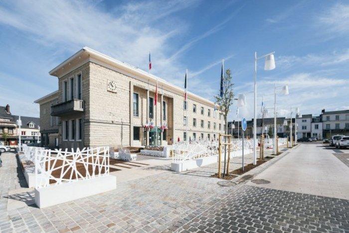 Journées du patrimoine 2020 - Visite du toit de la mairie de Duclair