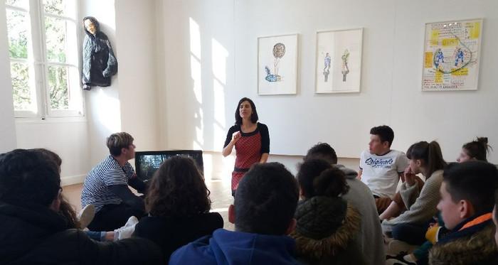 La MJC d'Albi et le centre d'art invite les 13-20 ans à une visite-découverte de l'exposition d'Isabel Carvalho.