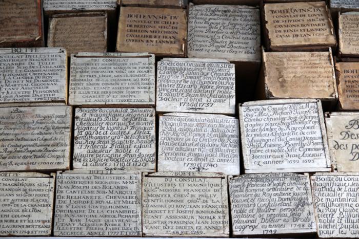 Journées du patrimoine 2019 - « BOËTES, REGISTRES, LAYETTES : RETROUVER LES ARCHIVES DE LA VILLE » : Nouvelle exposition temporaire