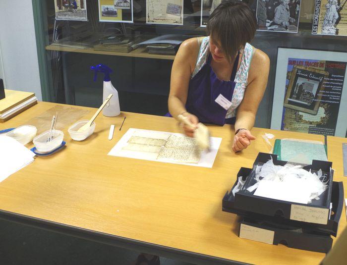 Journées du patrimoine 2020 - Atelier « Démonstration de restauration de documents »