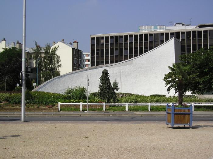 Journées du patrimoine 2020 - Projection à la Bourse départementale du travail d'Oscar Niemeyer à Bobigny