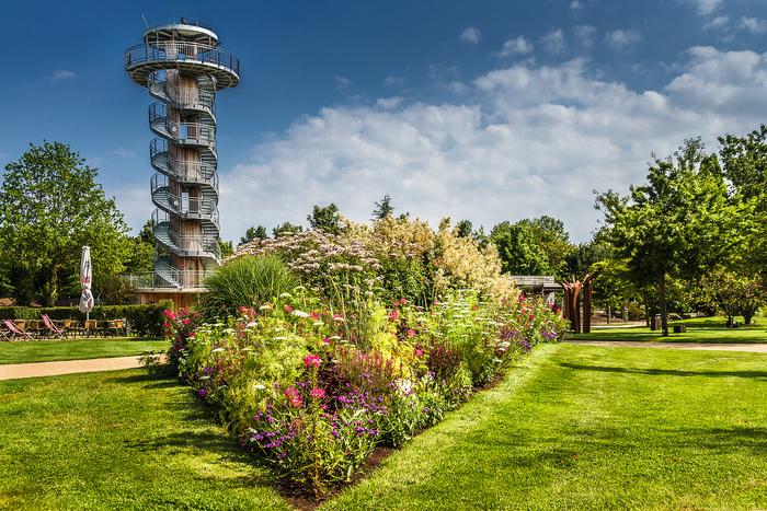 Sommerspaziergang durch den Park der Gärten