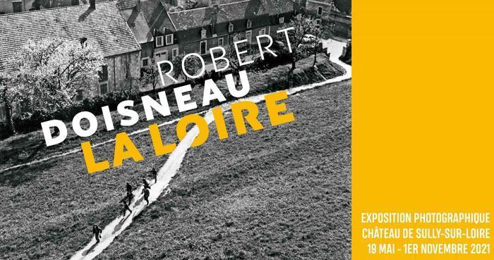 Jusqu'au 1er novembre 2021, les visiteurs peuvent découvrir au château de Sully-sur-Loire, 70 photographies prises par Robert Doisneau lorsqu'il a sillonné la vallée de la Loire, entre 1976 et 1977.