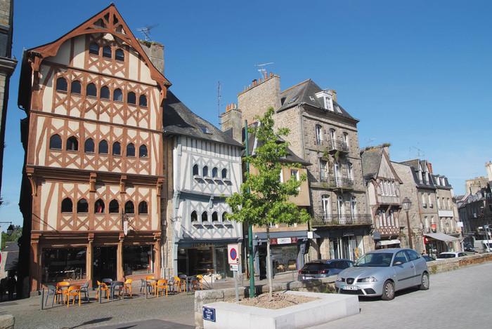 Journées du patrimoine 2020 - Visite guidée Place du Centre, à Guingamp
