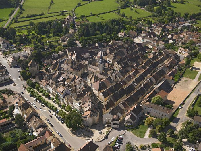 Journées du patrimoine 2020 - Découvrez le centre médiéval de Saint-Gengoux-le-National