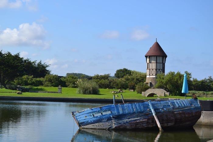 Journées du patrimoine 2019 - Visite guidée : un port, des huîtres et une île: une histoire courseullaise.