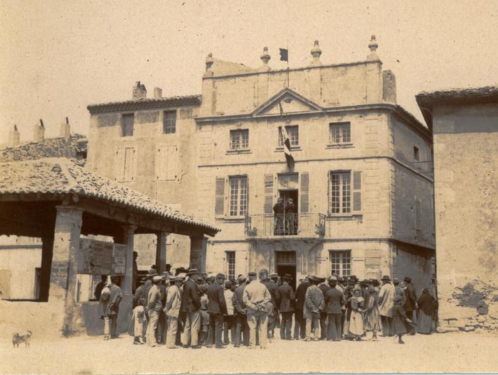 Journées du patrimoine 2019 - Exposition des Archives municipales de Pierrelatte / Lecture en balade