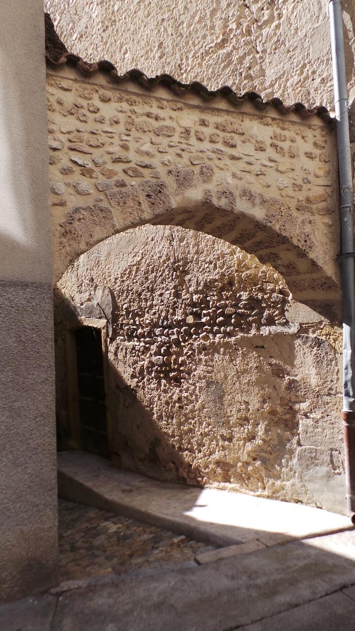 Journées du patrimoine 2019 - Visite guidée de Chabeuil autour de son canal des moulins
