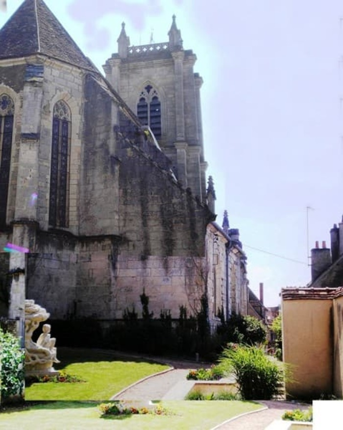 Journées du patrimoine 2019 - Église Saint-Carad'heuc de Donzy