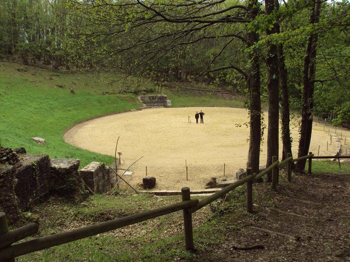 Journées du patrimoine 2019 - Exposition, animations et visites commentées de l'amphithéâtre Gallo-romain de Mazerolles