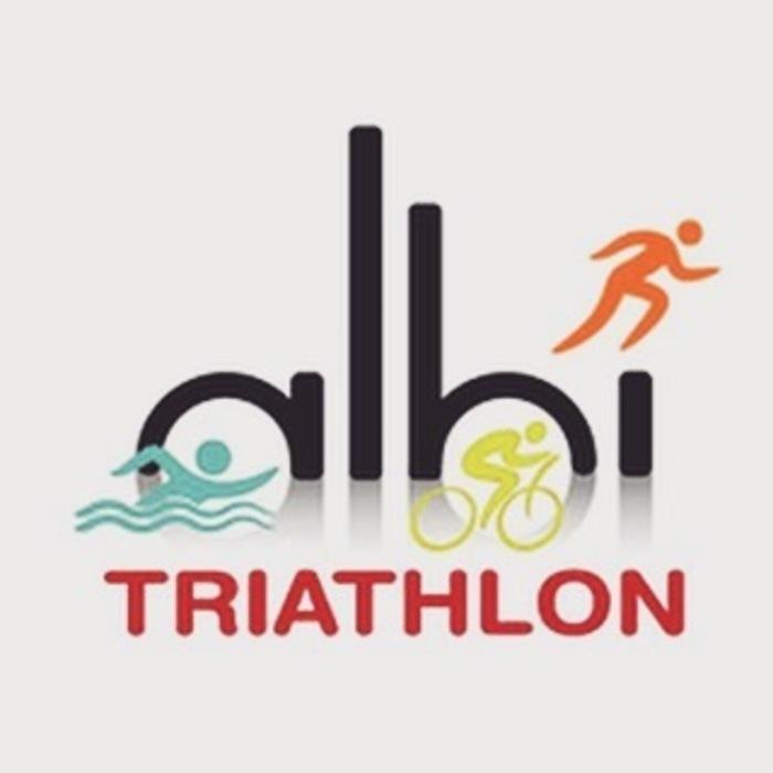Une  course  de  sports enchainés,  où  les  participants  pourront nager,   pédaler   et   courir