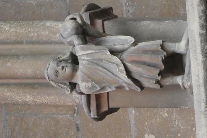 Journées du patrimoine 2019 - Venez rencontrer le joueur de soule et les personnages du triforium de la Cathédrale
