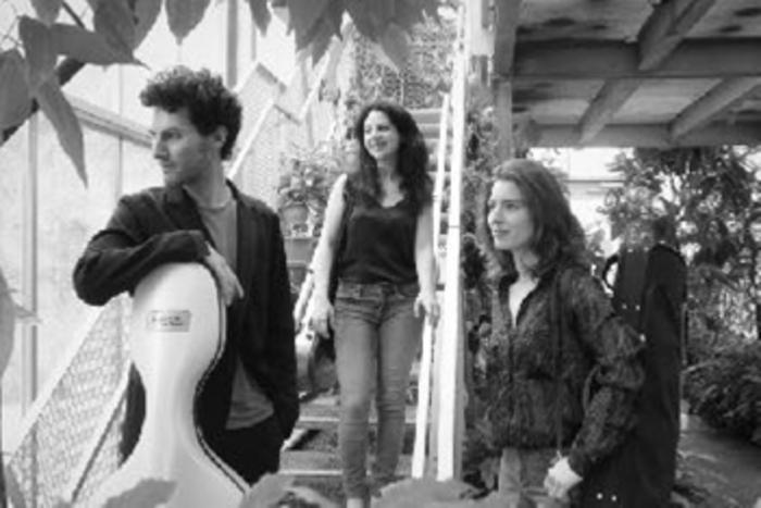 Trio Anna Göckel, Noémie Bialobroda, Daniel Mitnitsk
