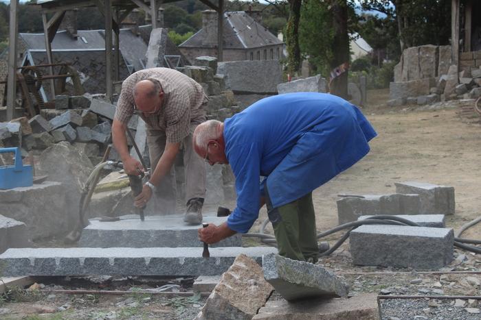 Journées du patrimoine 2019 - Démonstration de taille de granit