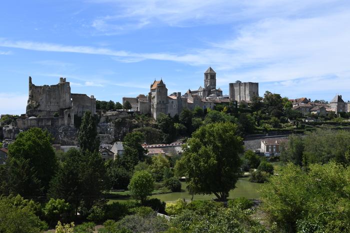 Journées du patrimoine 2020 - Visite guidée de la cité médiévale de Chauvigny