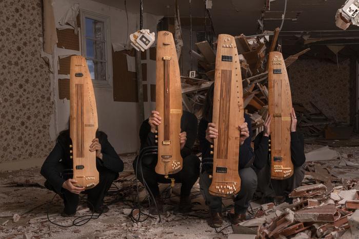 Dans le cadre du festival riverrun, les musiciens du collectif La Novia interprèteront Au Seuil du Vent, pièce du compositeur Guilhem Lacroux