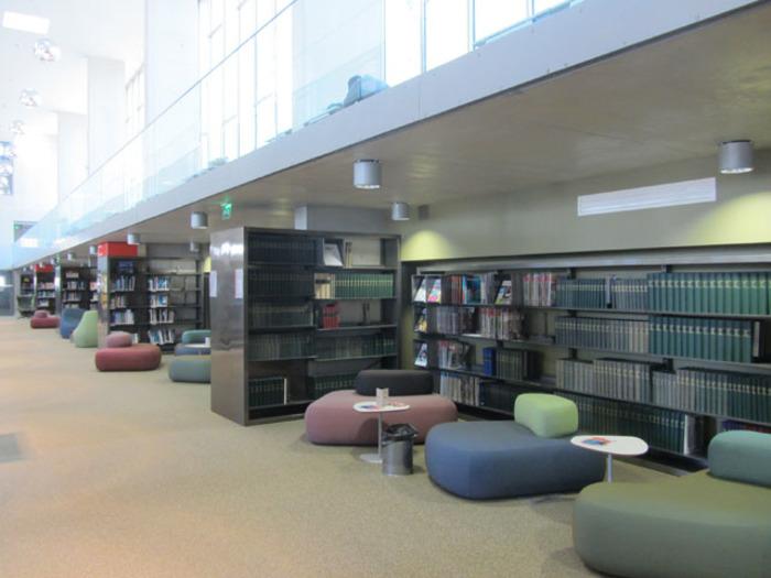 Journées du patrimoine 2019 - Visite guidée de la bibliothèque universitaire de Versailles
