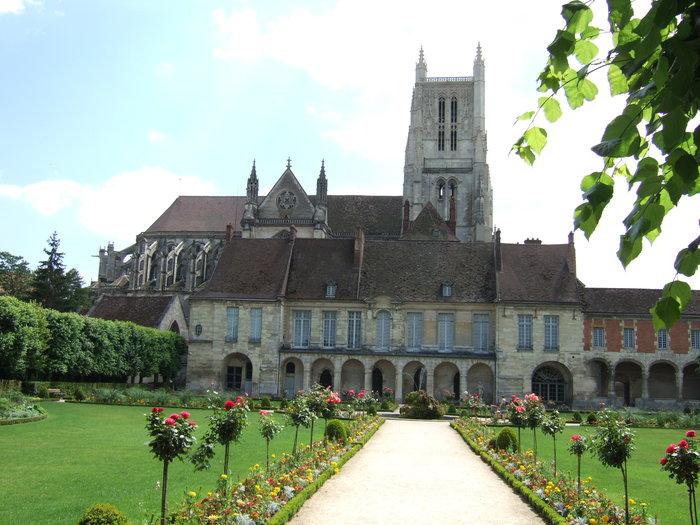 Journées du patrimoine 2020 - Visite guidée de la cathédrale Saint-Etienne et de la Cité épiscopale de Meaux
