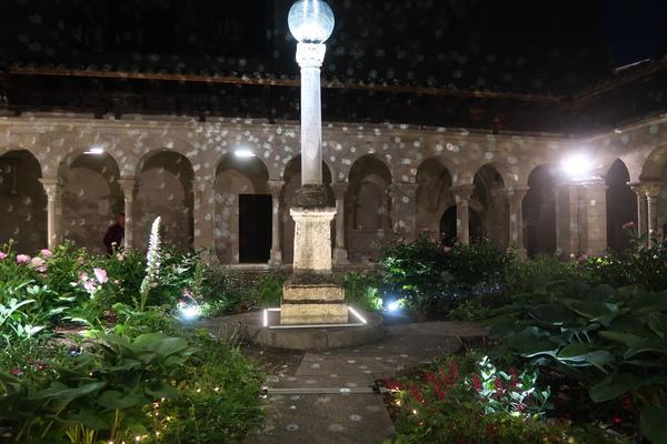 Nuit des musées 2019 -Mise en lumière du cloître Saint-André-le-Bas