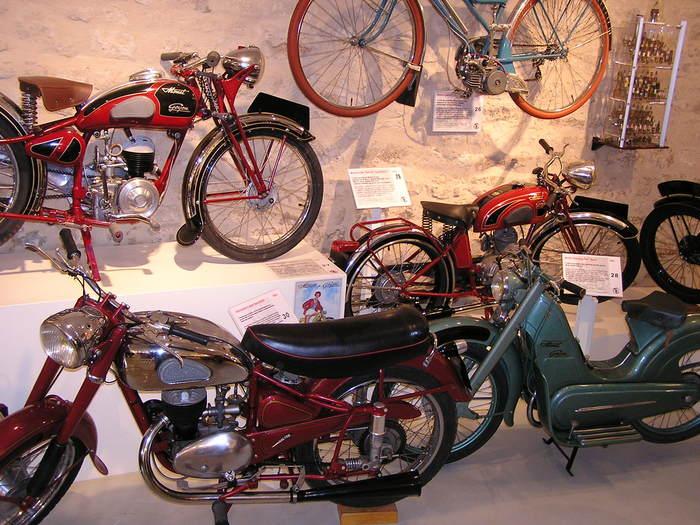 Journées du patrimoine 2020 - À la découverte de motos anciennes Monet & Goyon.