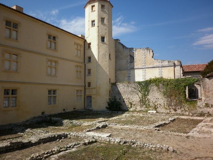 Journées du patrimoine 2020 - Visites guidées de l'ensemble patrimonial de Sorde-l'Abbaye
