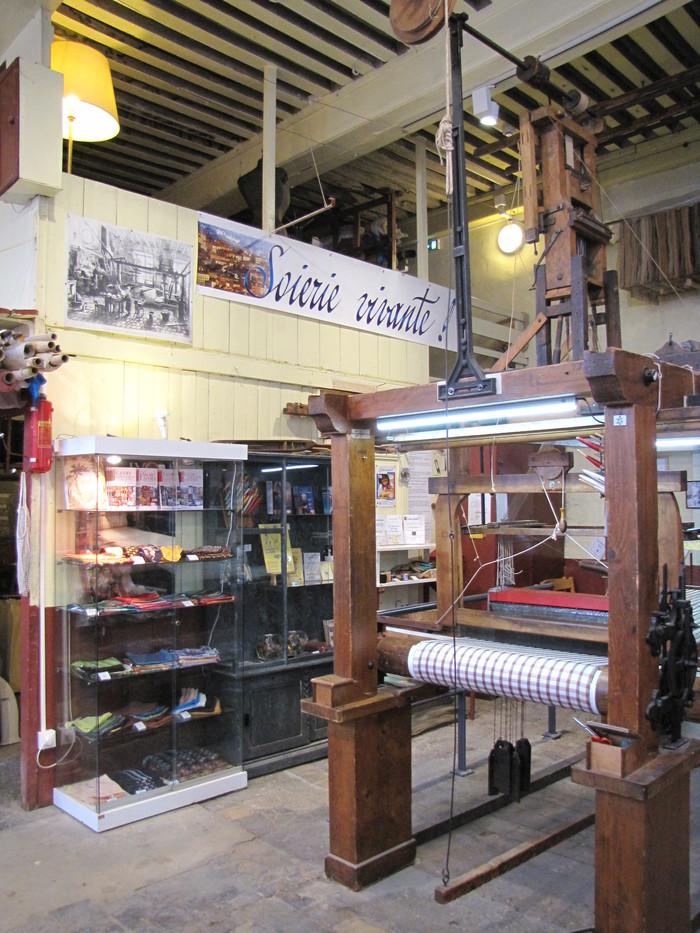 Journées du patrimoine 2019 - Soierie Vivante : visite de l'atelier municipal de tissage