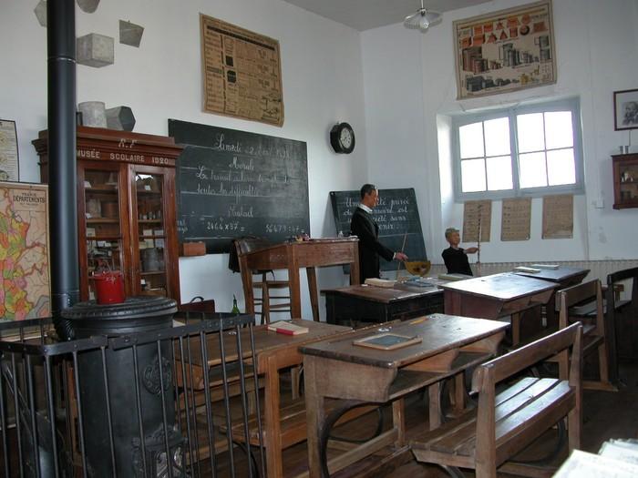 Journées du patrimoine 2019 - Visite d'une classe unique en milieu rural sous la IIIe république