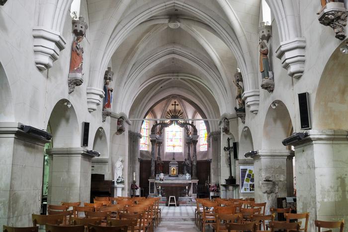 Journées du patrimoine 2020 - Annulé   Exposition de livres et vêtements liturgiques