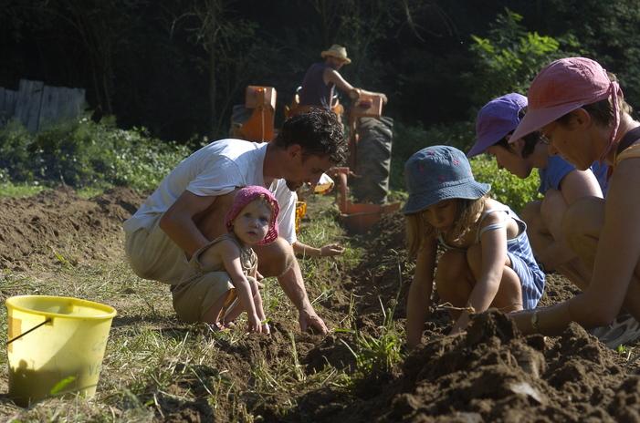 Journées du patrimoine 2020 - Côté Jardins : un jardin collectif, écologique et éducatif réunissant 110 familles de l'agglomération lyonnaise !
