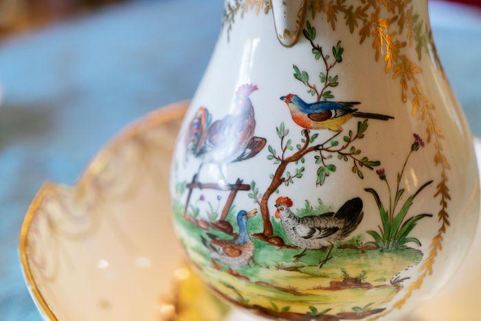 Exposition «A la table d'un collectionneur, Histoire de la porcelaine de Bordeaux»