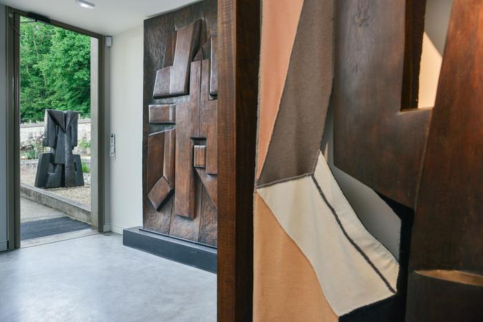 Venez découvrir Parvine Curie et son Oeuvre au Musée