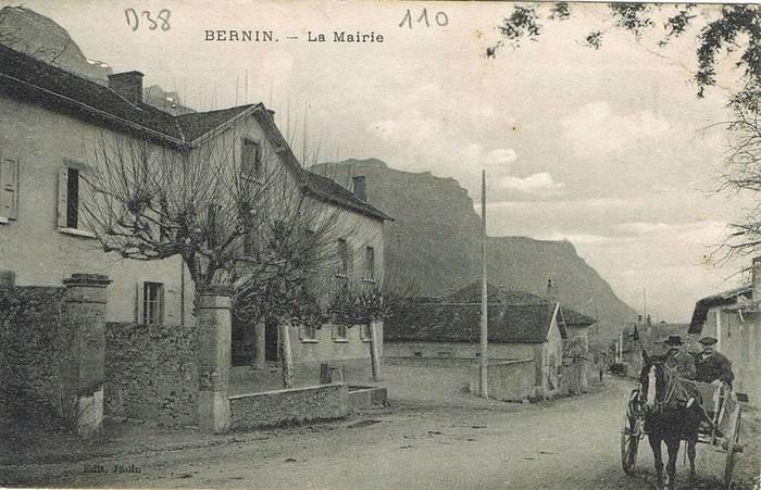 Journées du patrimoine 2020 - Bernin: Promenade commentée: les lieux d'école de Bernin au XIXe siècle