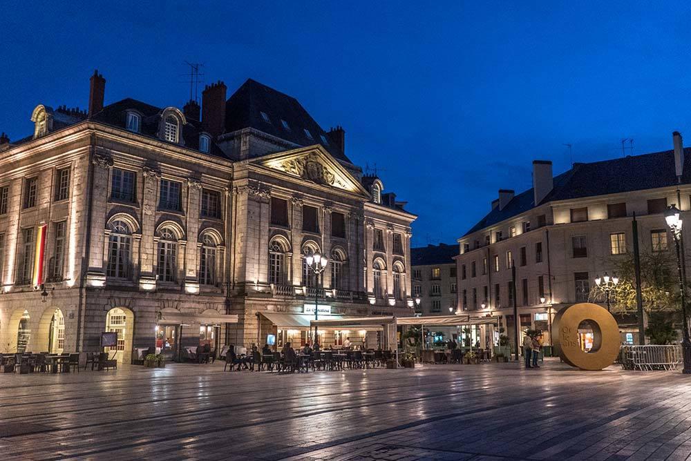 Orléans de la Belle Époque aux lampions