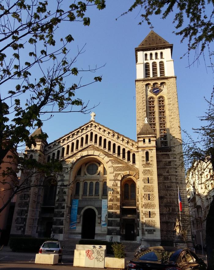 Journées du patrimoine 2019 - Découverte de la basilique Saint-Joseph de Grenoble : histoire, architecture, art sacré.