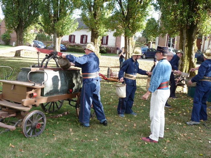 Journées du patrimoine 2020 - démonstration d'utilisation de l'ancienne pompe à incendie