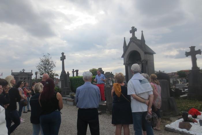 Visite guidée du cimetière de Comines