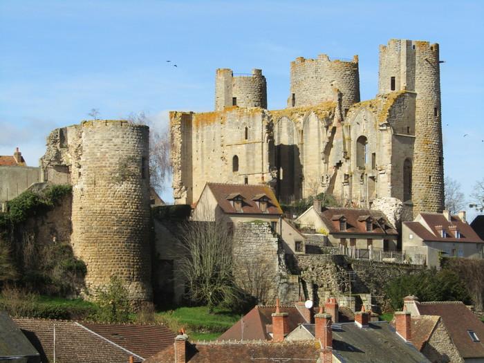 Journées du patrimoine 2020 - Visite libre du château de Bourbon-l'Archambault