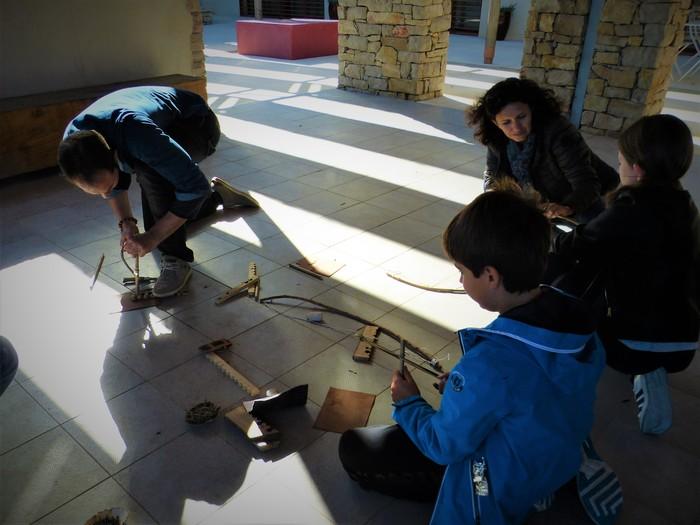 Journées du patrimoine 2020 - Ateliers de démonstration et d'experimentation autour du feu et de la fabrication des vêtements pendant l'Antiquité