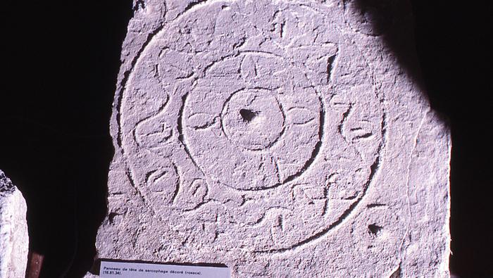 Journées du patrimoine 2020 - Visite de la crypte archéologique de Saint-Lucien et ses sarcophages mérovingiens
