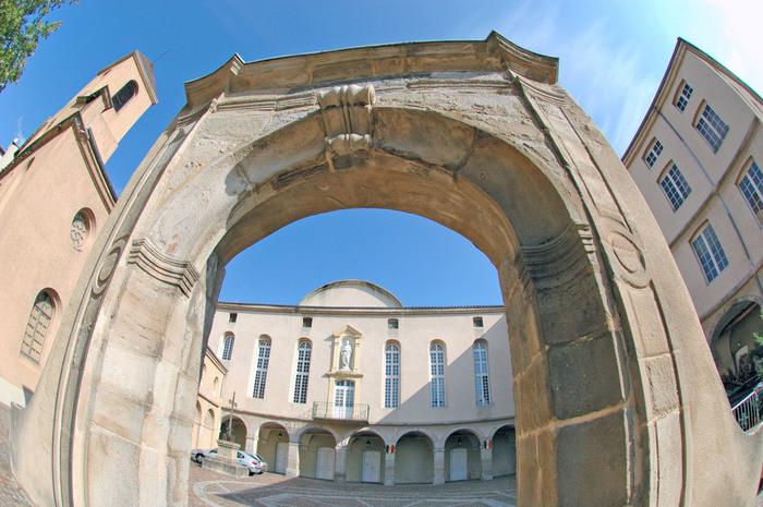 Journées du patrimoine 2019 - Les bâtisseurs de cathédrales et leurs outils - musée Amis du Vieux st Chamond