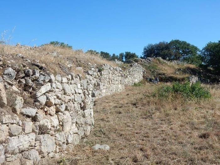 Journées du patrimoine 2020 - Annulé   Visite commentée de l'oppidum du Baou de Saint-Marcel