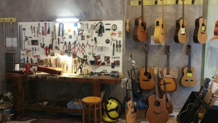 Journées du patrimoine 2020 - METIERS D'ART / Atelier MUSIQUE ET BOIS, Vincent Dubreuil – Luthier en guitare à Romans sur Isère