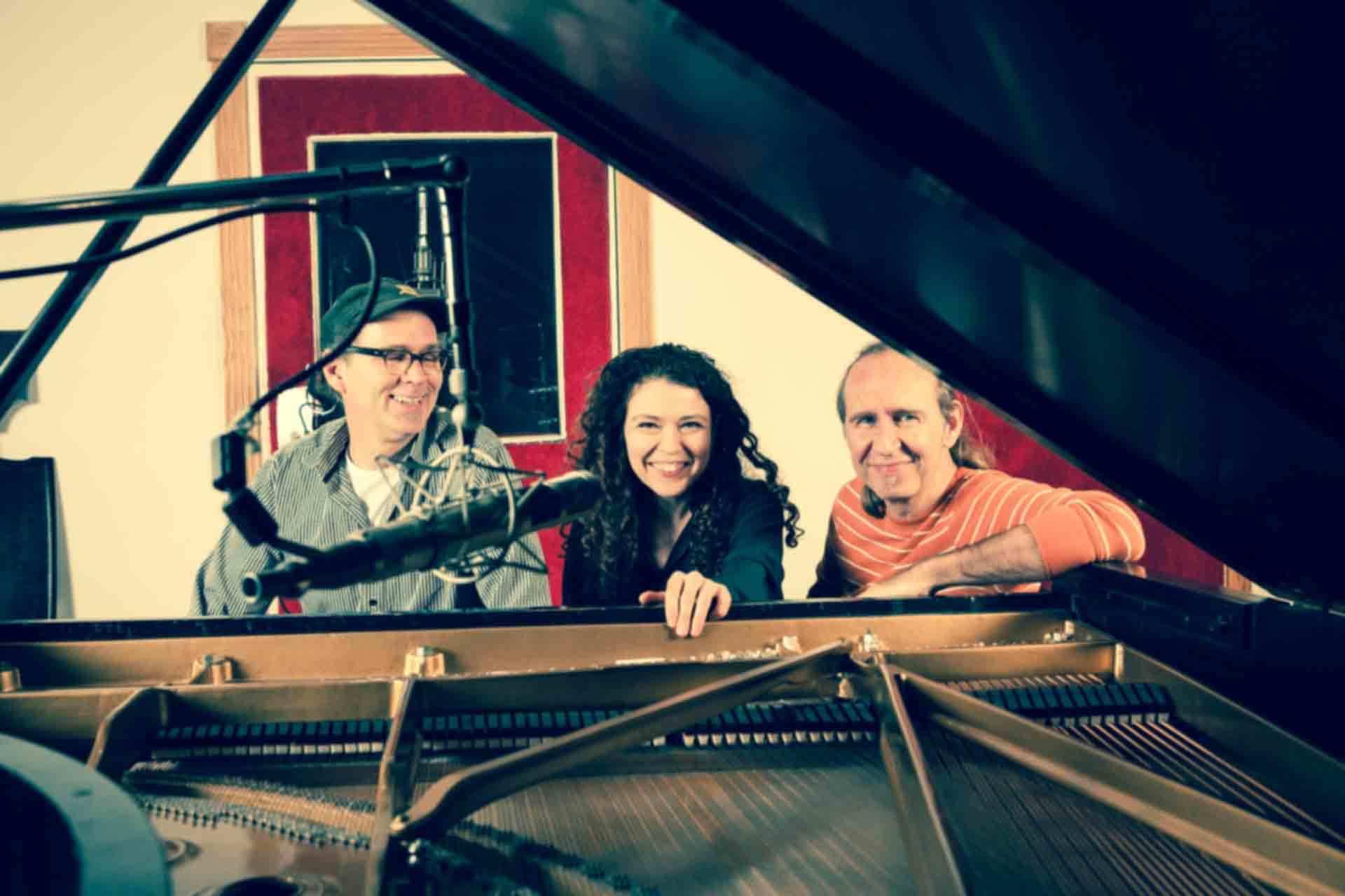 Sylvie Courvoisier Trio (Reporté)