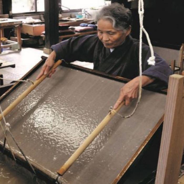 Washi, savoir-faire d'artisans créateurs au japon