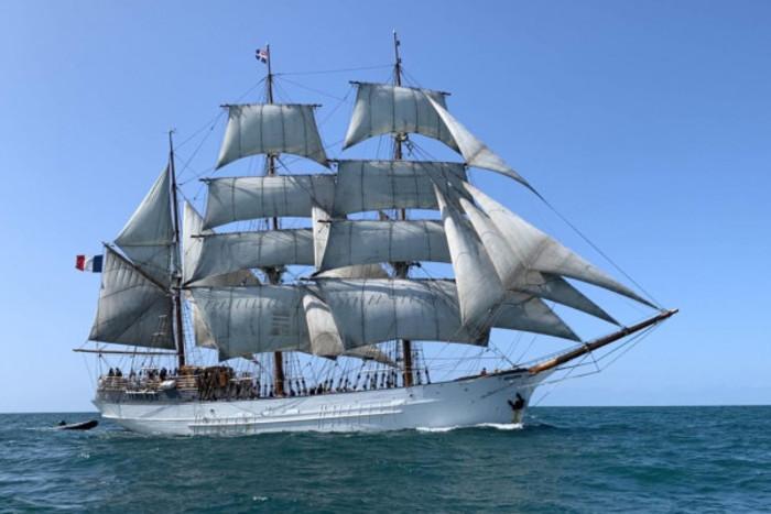 Escale du voilier Le Français