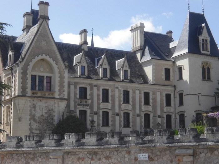 Journées du patrimoine 2020 - Exposition d'art dans les jardins du Château de Cunault