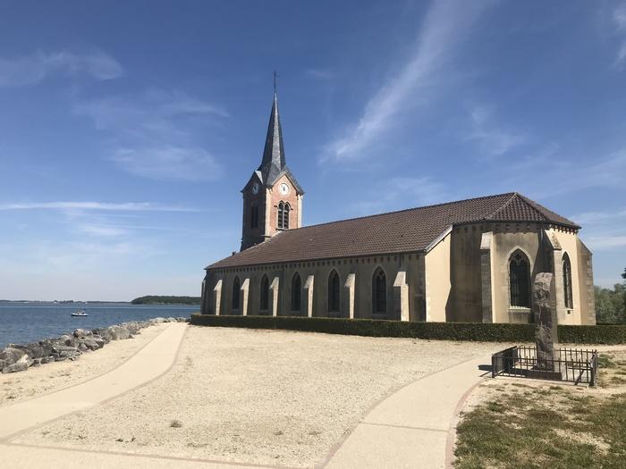 Journées du patrimoine 2020 - Exposition du collectif H3o à l'église de Champaubert