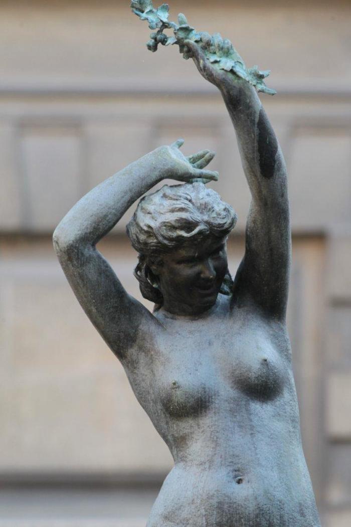 Journées du patrimoine 2020 - La Vigne, une statue méconnue de l'hôtel de ville