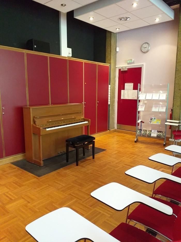 Cours de piano tout public